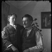 Cover image of Elliott Barnes and son Findlay