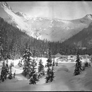 Cover image of 32. Glacier, winter scenes