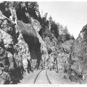 Cover image of 32. Rock cut between Tunnels 15 and 16, Cisco