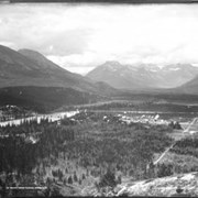 Cover image of 10. Banff from Tunnel Mountain