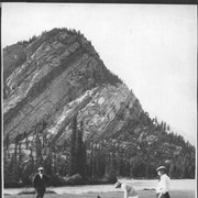 Cover image of Banff, Canada. Golf / 27020