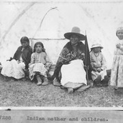 Cover image of Indian mother and children / 27288