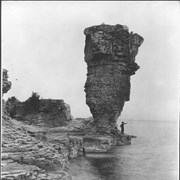 Cover image of Canada. Ontario. Flowerpot Island off Tobermorry / CN106
