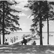 Cover image of Canada. Manitoba Riding Mt. National Park. Government pier and bathing beach / CN211
