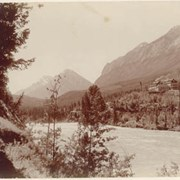 Cover image of Banff Hotel and Bow River, Banff Alba / On Line of Canadian Pacific Railway. 16-93