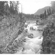Cover image of 122. Elk River Canyon near Elko, B.C.