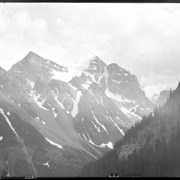 Cover image of Glacier Peak, Laggan, view from tail to Lake Agnes