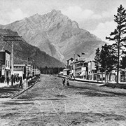 Cover image of Banff Avenue [between 1908 and 1913]