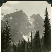 Cover image of 556. Road to Moraine Lake