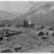 Cover image of Bankhead Mine Tipple and Shops - Cascade Mt. on right, Tunnel Mt. on left, Sulphur Mt. in distance