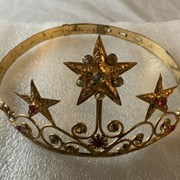 Cover image of  Tiara